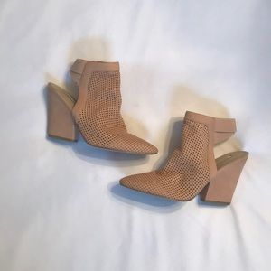 GUESS Pointed Toe Heels